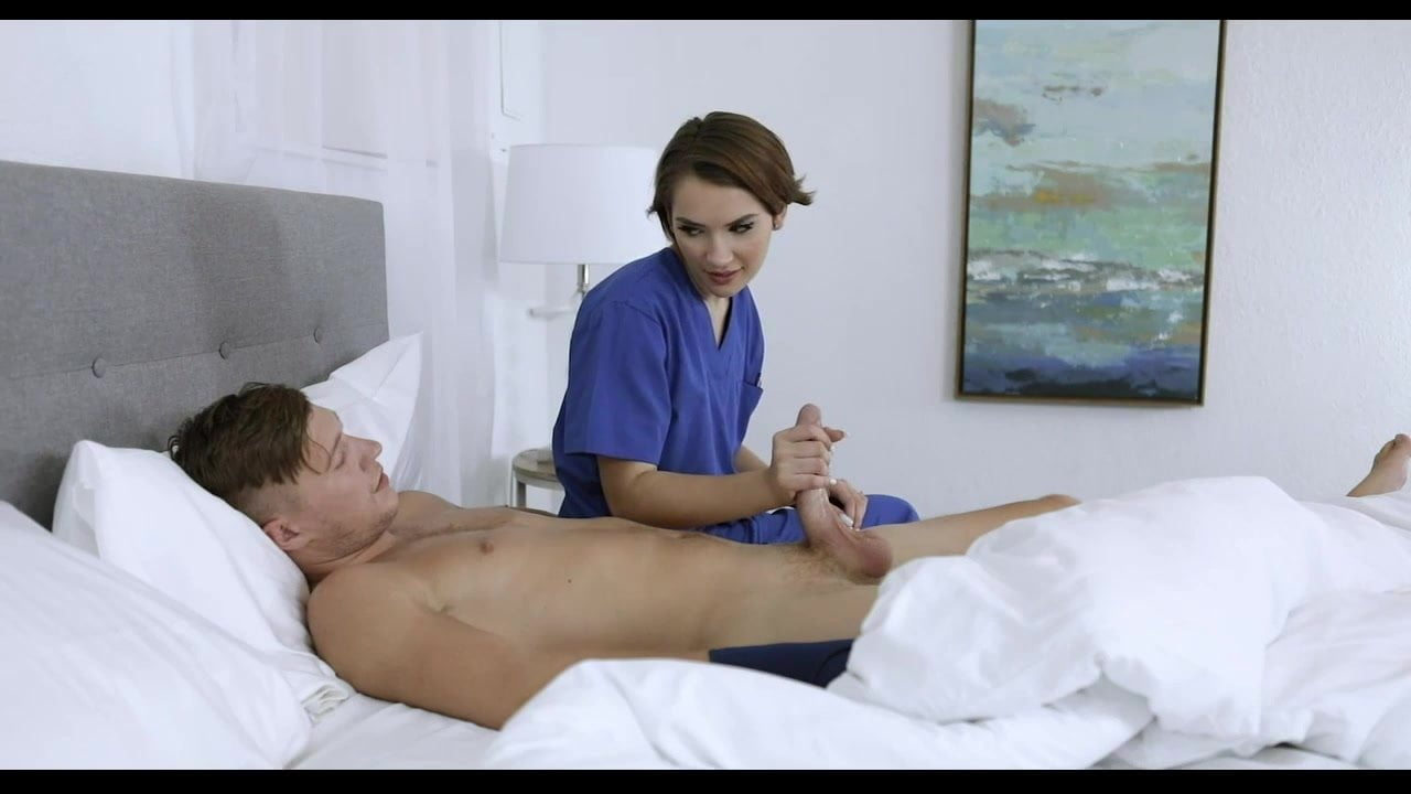 Free download & watch step sister helps injured brother xhI hmQ porn movies