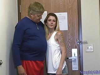 Mature slender slut - Awtumm lyxxx - slender inked slut first porn