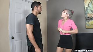StepMoms Love For Young Cocks Makes His Day