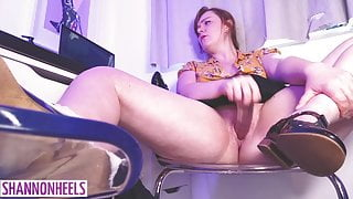 Shannon Heels - Watching Porn in the Office & Squirting
