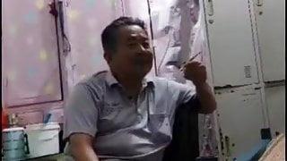 Amateur Asian BBW Bi-Sex Threesome