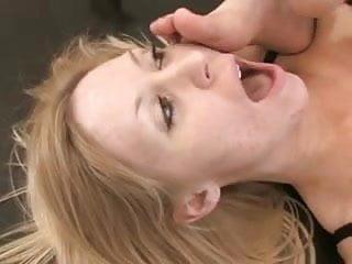 Sexy lesbian foot fuck - Sexy lesbian foot worship