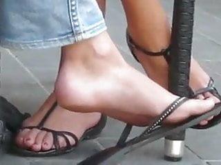 Jose maron nude Hidden handycam candy feet at cafe maron 20160625