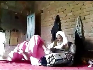 Clit rubing wih cum Paki village bhabi fucking wih old father in lw.