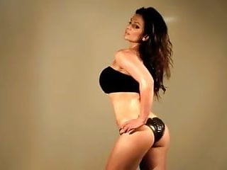 Babe centerfold fitness nude photo Denise milani fitness pro - non nude