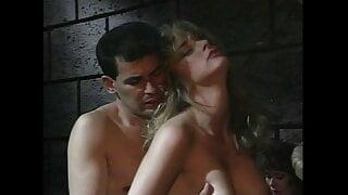 Vampir(e)ass (1993, US, Gail Force, full video, DVD)