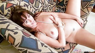 USAWIVES – Willing Matures in Compilation Video