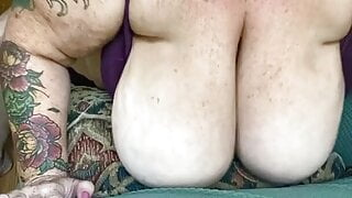 Lonely Mature BBW Udders