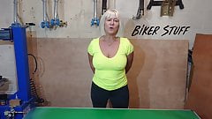 Hot Youtuber Biker Stuff - Nice nipples pokies
