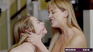 Step Siblings Give Step Mom A Step Mothers Day Fuck S8:E4