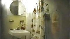 Hidden fingering under shower