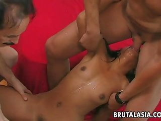 Amateur tramps Asian slut with a tramp stamp fucks in a threesome