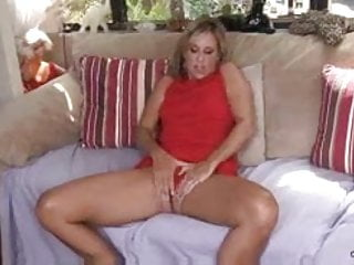 Jodie sweetin fake nude - Toying milf jodi west masturbates