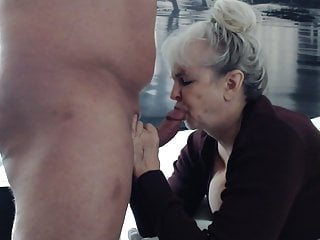 Girl suking penis - Gilf dream suking