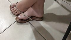 College girl feet flip flop & sexy foot and soles in store