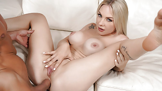 Busty Babe Angie Lynx Getting Your Big D And Anal VR Porn