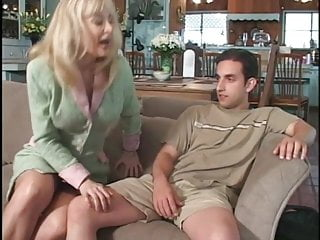 Chubby mom wants cock slutload Mom wants young cock