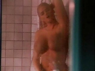 Anna nicole show masturbate Anna nicole down the shower