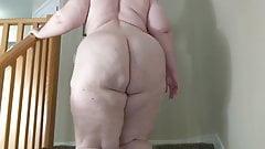 Naked BBW ass walking up stairs