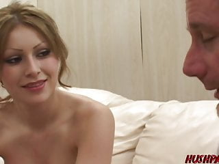 1st time comix porn - Babe alexia gives head before eating jizz in 1st time porn