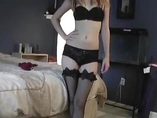 Amatuer fuck young girls Homemade amatuer young college couple sucking fucking