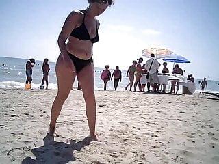 Bukkake italian beach pornstar Big ass mom at beach