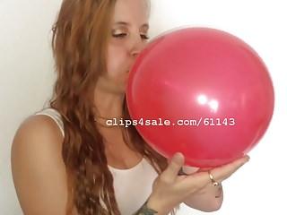 Free balloon fetish sex video Balloon fetish - casey blowing balloons video 1