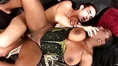 Mature ebony slut rammed by young dude