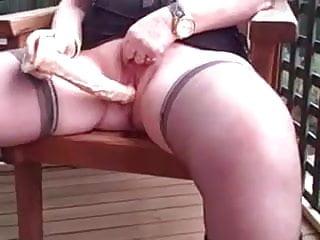 Peeing black moms - Milf masturbate and pee