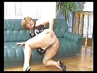 Mature moms in bras pics - Mature bbw fucked in her bra and panties