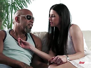 Giant black shemale cocks video tube - India summer pussy stretched by giant black cock