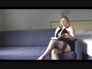 Sexy mom masturbating - Sexy mom