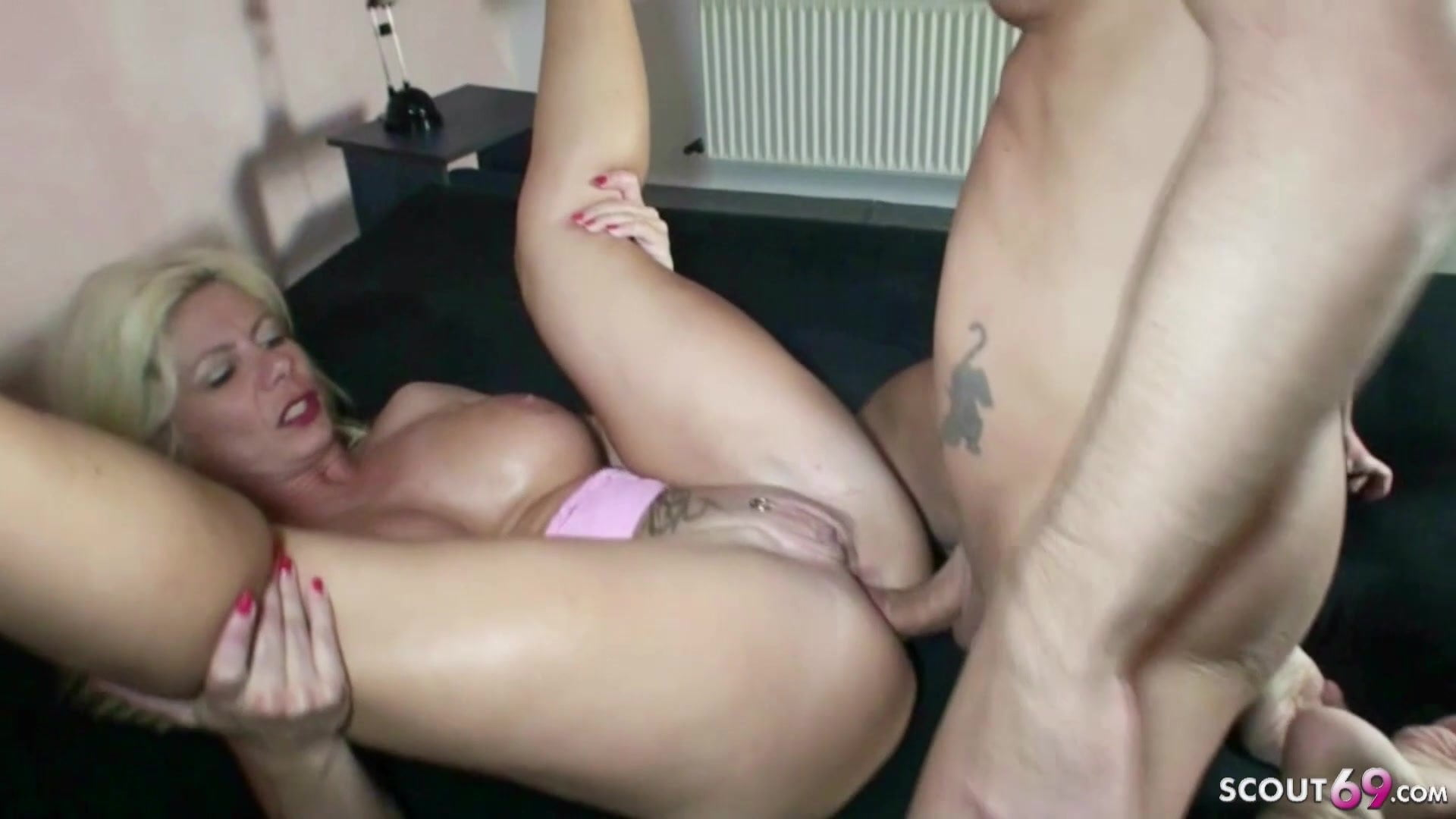 German Mature Anal Threesome