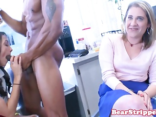 Babe pussy videos Wild babe pussy fucked in office by stripper