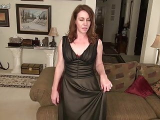 Home mother videos porno gratis - Sexy wife and mother makes home video