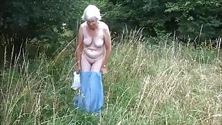 UK Granny strips