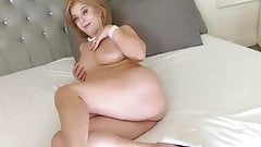 Milf in sex chat