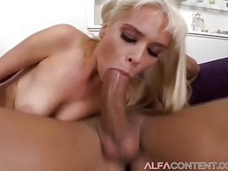 Ram throat blowjobs thumbs Busty blonde babe gets rammed by huge cock