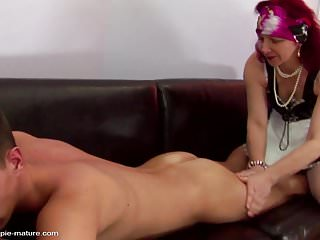 Anal sex and pramoxine - Mature mom gets anal sex and pissing from son
