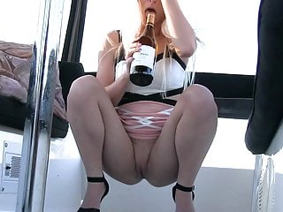 Pussy shaved or not pics - Preciosa anglosajona wine bottle insertion in pussy shaved