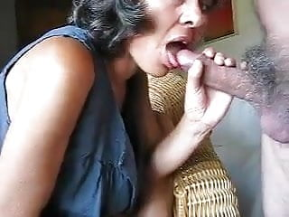 Small tit grannys - Granny head 58