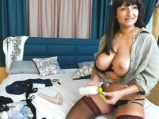 Q lesbian btng - White aussie woman on webcam qs recording 90