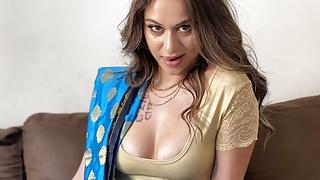 Newly married Indian girl fucked like a bitch on Honeymoon