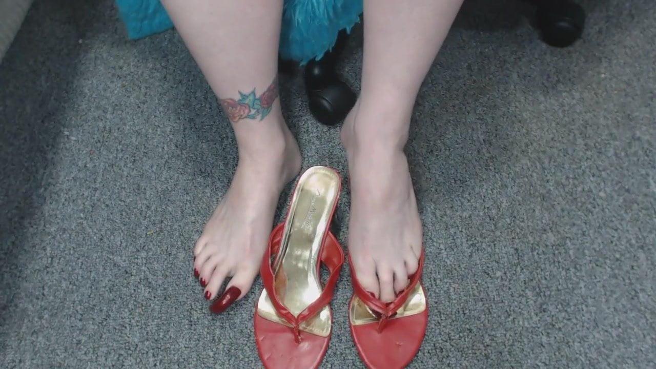 French Mistress Feet Slave