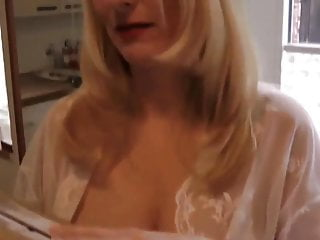 Mature cum in pussy Mature milf gets cum in pussy from postman