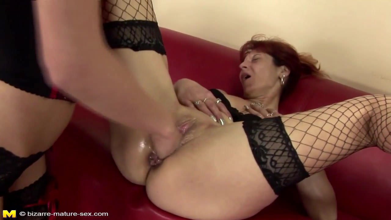 Two Kinky Women Fisting And Pissing Outdoor