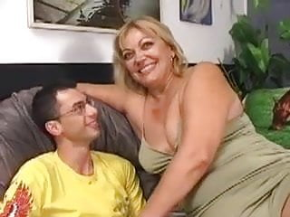 Chubby milf mature - Hairy chubby milf gets fucked by a younger guy