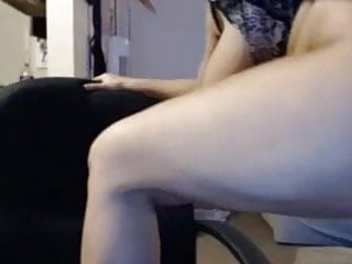 Girl licks on pussy - Girl licks n sucks nipples, spreads pussy n play
