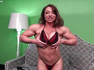 Naked star - Naked female bodybuilder porn star and her big clit