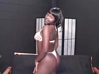 Teen plus size lingerie - Blowbang with a plus size ebony model